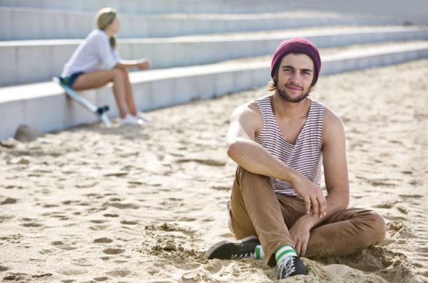 Benching – Das Neue Dating Phänomen Der Generation Unverbindlich