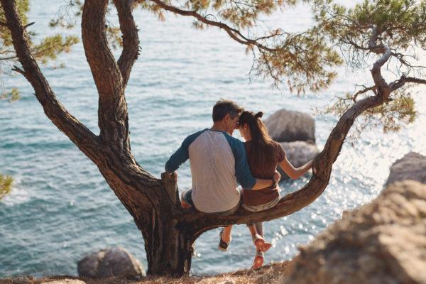 Neue Dating-Phänomene? Was Es Mit Ghosting, Benching & Co Auf Sich Hat